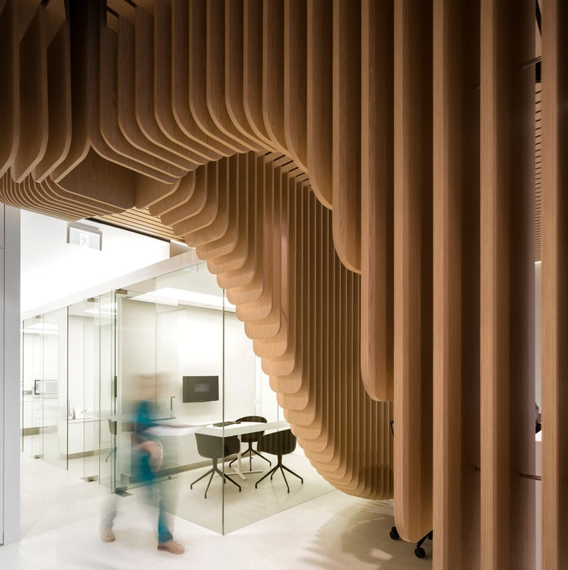 care-implant-dentistry-pedra-silva-architects-designboom-01-818x820