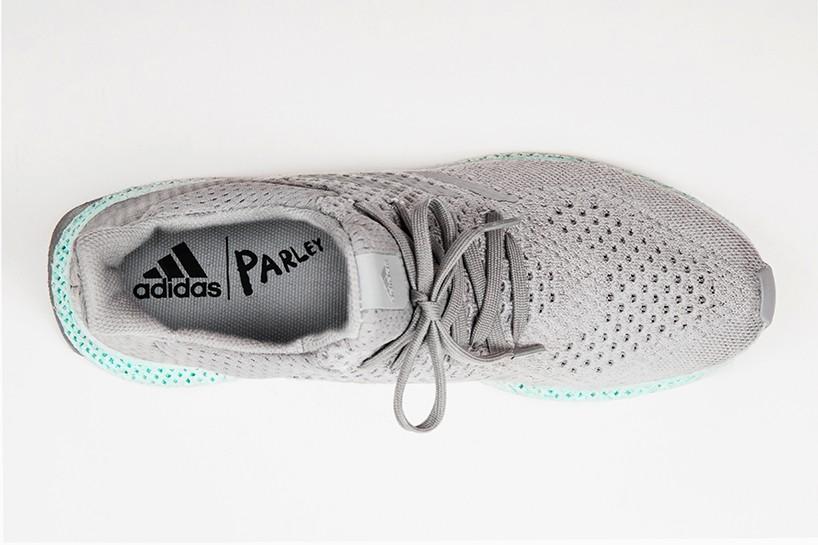 adidas-parley-3D-printed-ocean-plastic-shoe-designboom-02-818x545